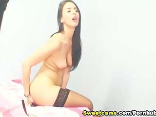 Hot Babe Likes to Get Spanked HD