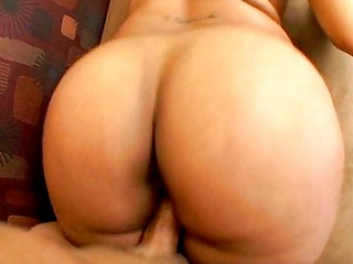 playing with her big brown booty