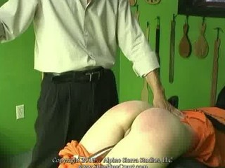 Spanking Court in action!