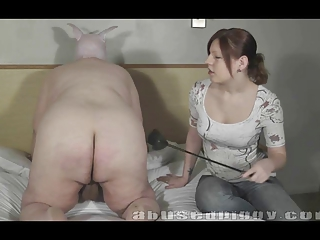 Isabella Kay spanks the Piggy