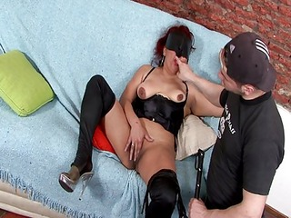 blindfolded mature likes to be played with