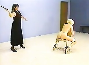 FCV042  The Whipping Chair