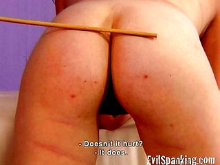 girl loving the pain of spanking her ass