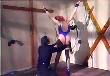 master whips slave&s big butt